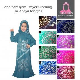 En del lycra Bede klær eller Abaya for jenter