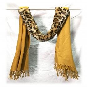 Halstørklæde med pels